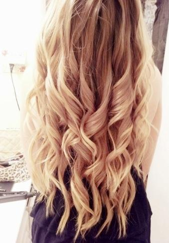 light blonde loose curls