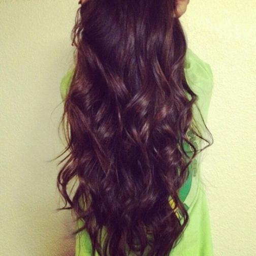 dark brown hair messy hair
