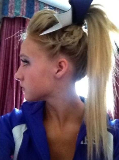 Terrific 7 Cute Cheerleader Hairstyles Hairstyle Mag Short Hairstyles Gunalazisus