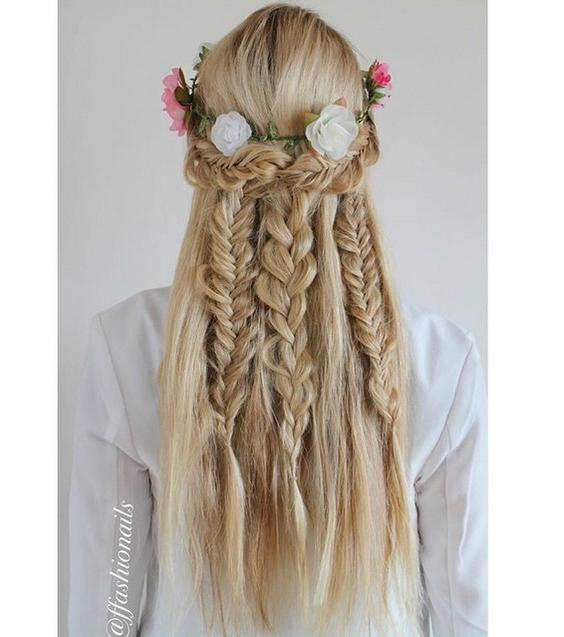 summery braids #flowercrown ffashionails