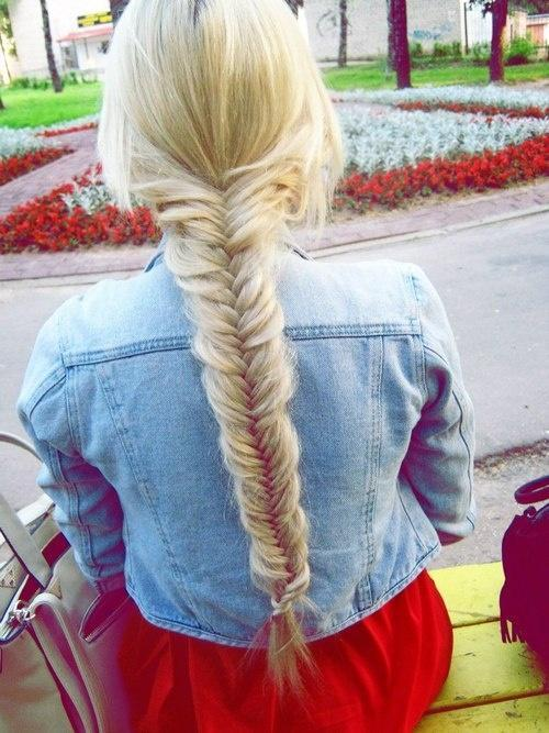 summer blonde fishtail braid