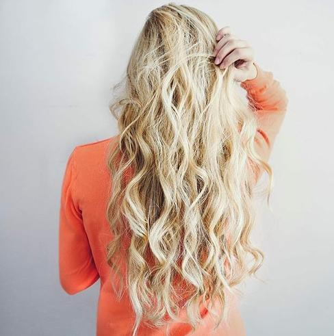 pretty mesy blonde waves