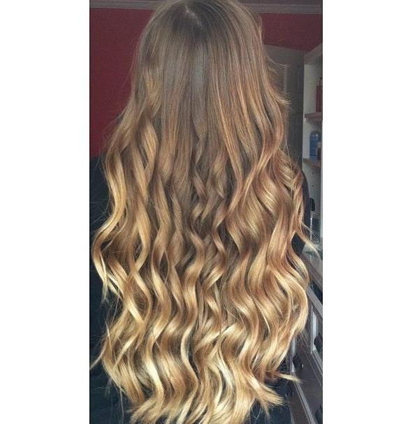 loose curls golden ombre