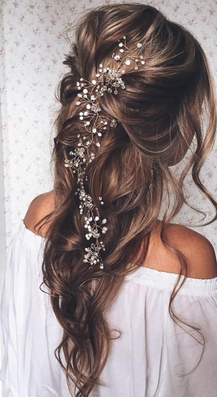 loose waves pulled back lovely wedding hairstyle